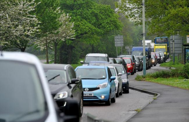 Heavy traffic on A419