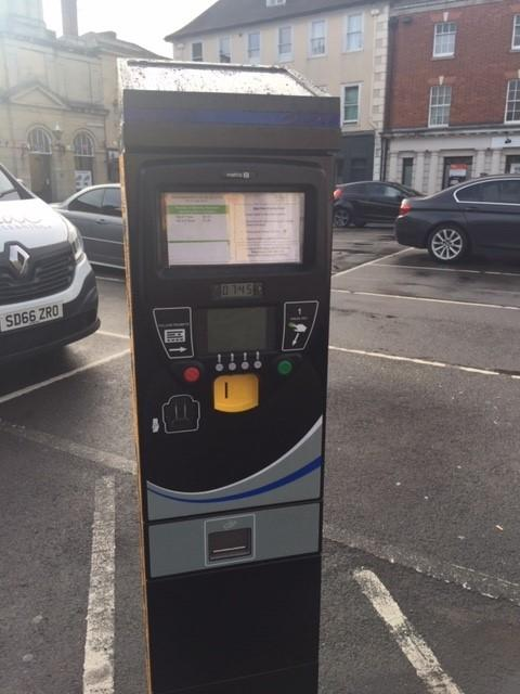 Parking machine in Devizes Market Place is now working
