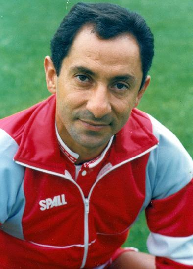 This Is Wiltshire: Ex-Swindon Town manager Ossie Ardiles