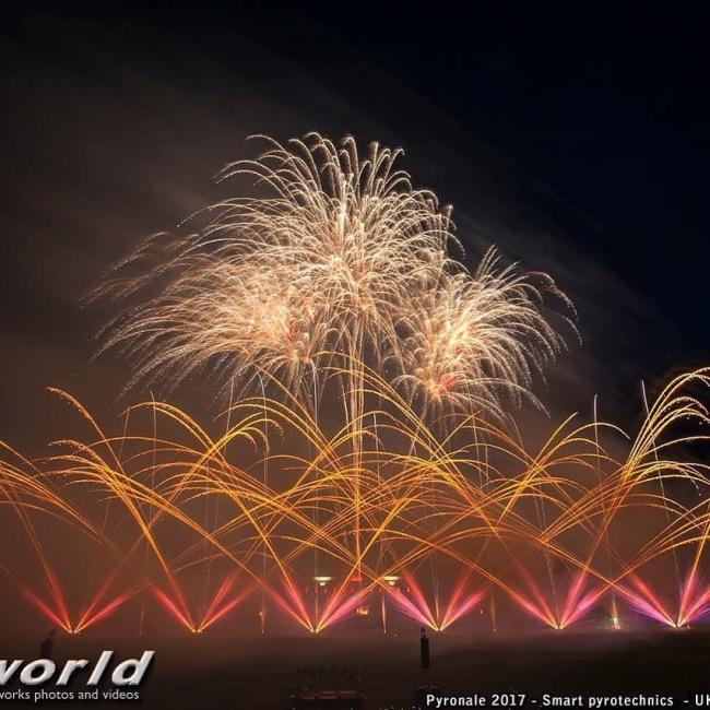 A display by Smart Pyrotechnics