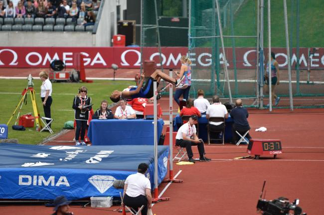 Tom Gale clearing 2.24m to take 3rd at Birmingham Diamond League, August 20, 2017. Picture: MARK GALE.