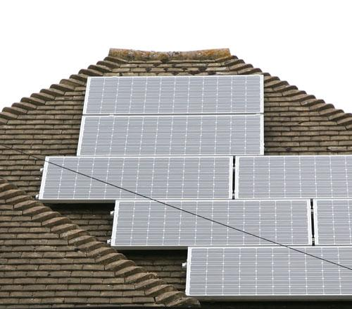 This Is Wiltshire: Solar panel proposal at Devizes school units