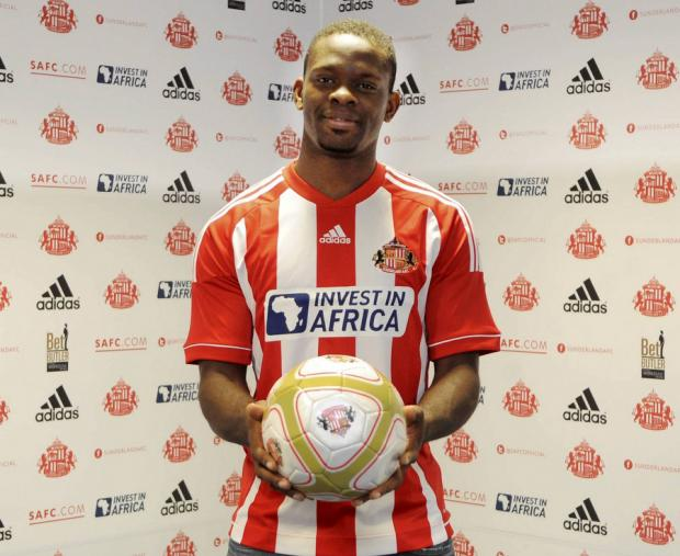 This Is Wiltshire: NEW SIGNING: Louis Saha