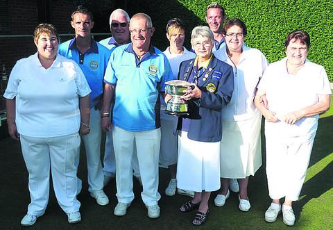This Is Wiltshire: Spencer Moulton's triumphant mixed double rinks team, with Ann Hindley (Bowls Wiltshire chairperson)