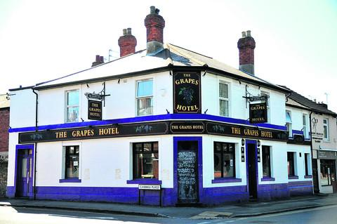 This Is Wiltshire: Grapes Hotel closes