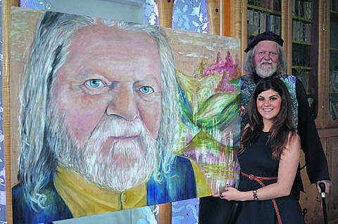 Artist Rachel Spano with Lord Bath and the birthday portrait