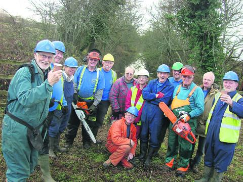 This Is Wiltshire: Wilts and Berks Canal Trust work pa