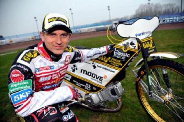 This Is Wiltshire: Swindon Robins rider Hans Andersen