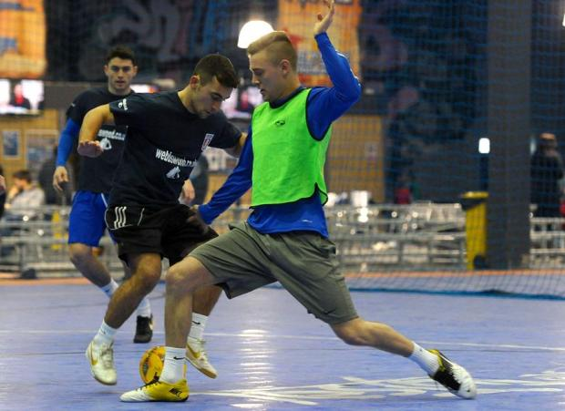 Supermarine's players train at @futsal in Kembrey Park