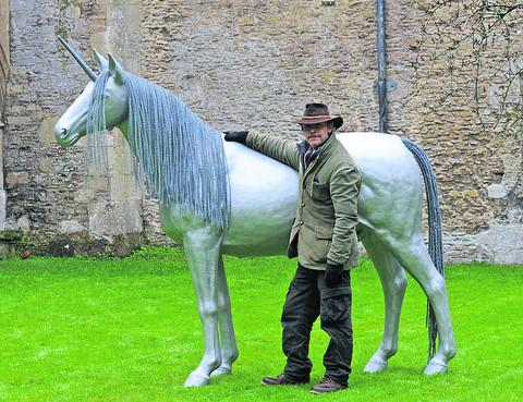 This Is Wiltshire: Derek Kiznett and the unicorn now in place