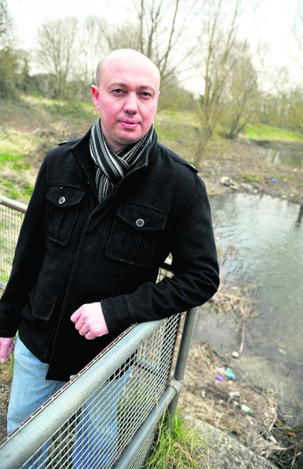 This Is Wiltshire: Kevin Parry is unhappy about the state of Nythe Lake