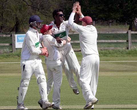 This Is Wiltshire: Lechlade cricketers celebrate