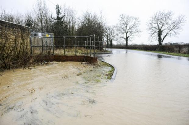 This Is Wiltshire: Flooding in Tadpole Lane