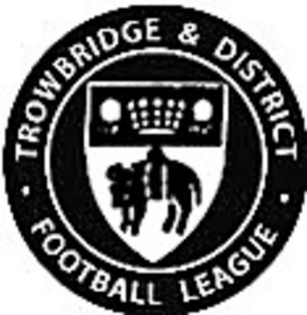 This Is Wiltshire: TROWBRIDGE & DISTRICT LEAGUE SPRING CUP: Lacock overcome gutsy Newsmen