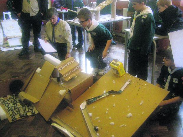 This Is Wiltshire: 1st Lavington Club Sea Scouts winning the Mid Wiltshire Scout district scrapheap challenge