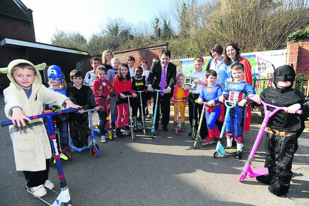 This Is Wiltshire: MP Duncan Hames celebrates the end of the Big Pedal with young travel superheroes at Ivy Lane School