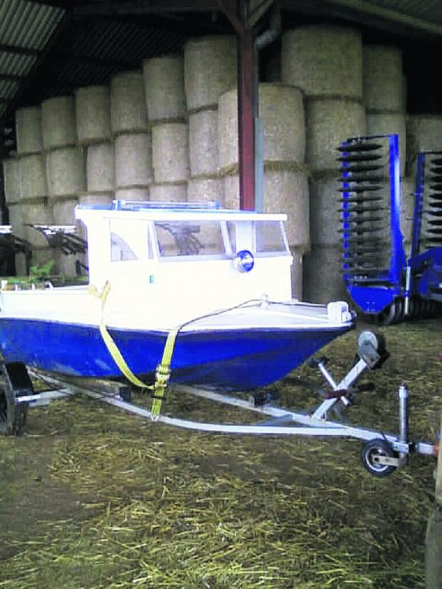 This Is Wiltshire: Mystery of the boat with no engine