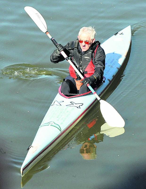 This Is Wiltshire: First away in the Devizes to Westminster canoe race was former special forces soldier Bob Norbury, 71, from Burbage