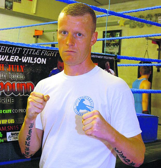 This Is Wiltshire: Chippenham boxer Andy Webb