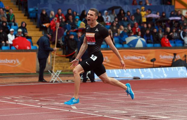 This Is Wiltshire: Danny Talbot won his 200m heat at Glasgow 2014 this morning