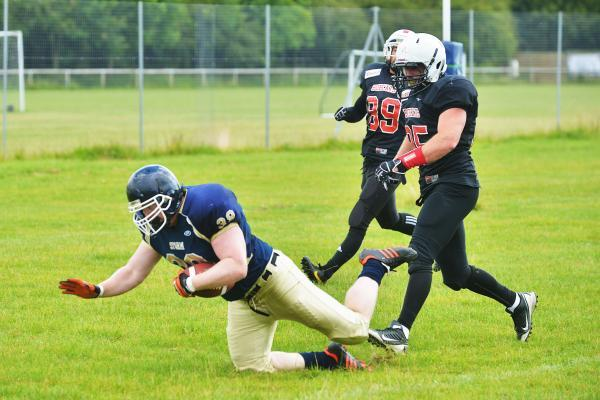 This Is Wiltshire: Joe Baker scores a touchdown for Swindon Storm