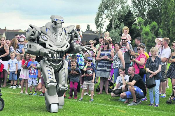 This Is Wiltshire: Titan the Robot puts in a big performance