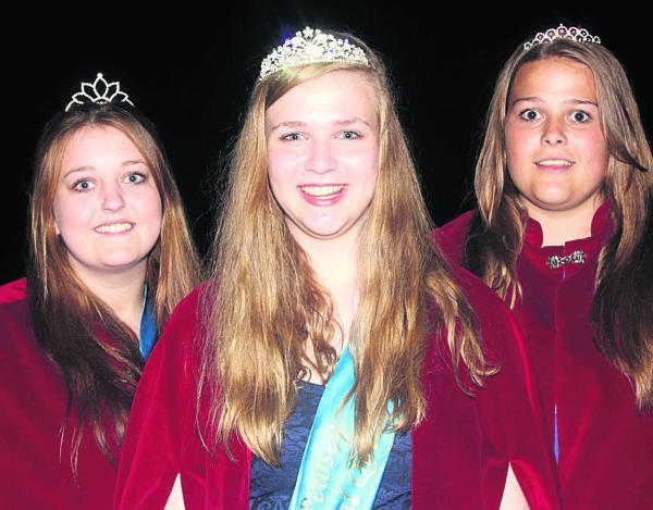 This Is Wiltshire: Pewsey Carnival queen Eleanor Smith, centre, with attendents Louise Banting and Lauren Pound. Picture by Sam Wheatley