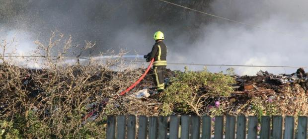 This Is Wiltshire: Averies Recycling claim Environment Agency is to blame for delays in dealing with fire