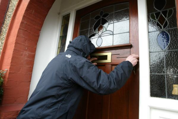 This Is Wiltshire: Spike in burglaries leads to crime prevention sessions