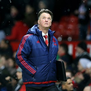 Louis van Gaal not giving up on Premier League title with Manchester United
