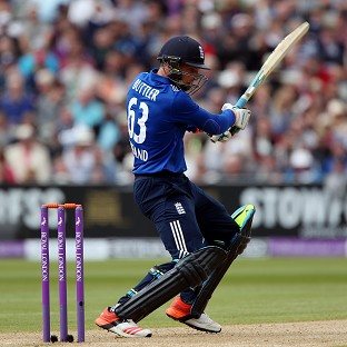 Alex Hales and Jos Buttler see England to victory