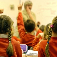 'Unacceptable' that school support staff work extra hours for little more money