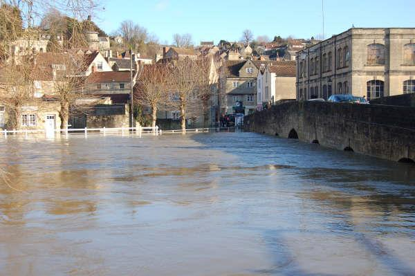 This Is Wiltshire: Environment Agency trying to prevent Bradford on Avon floods