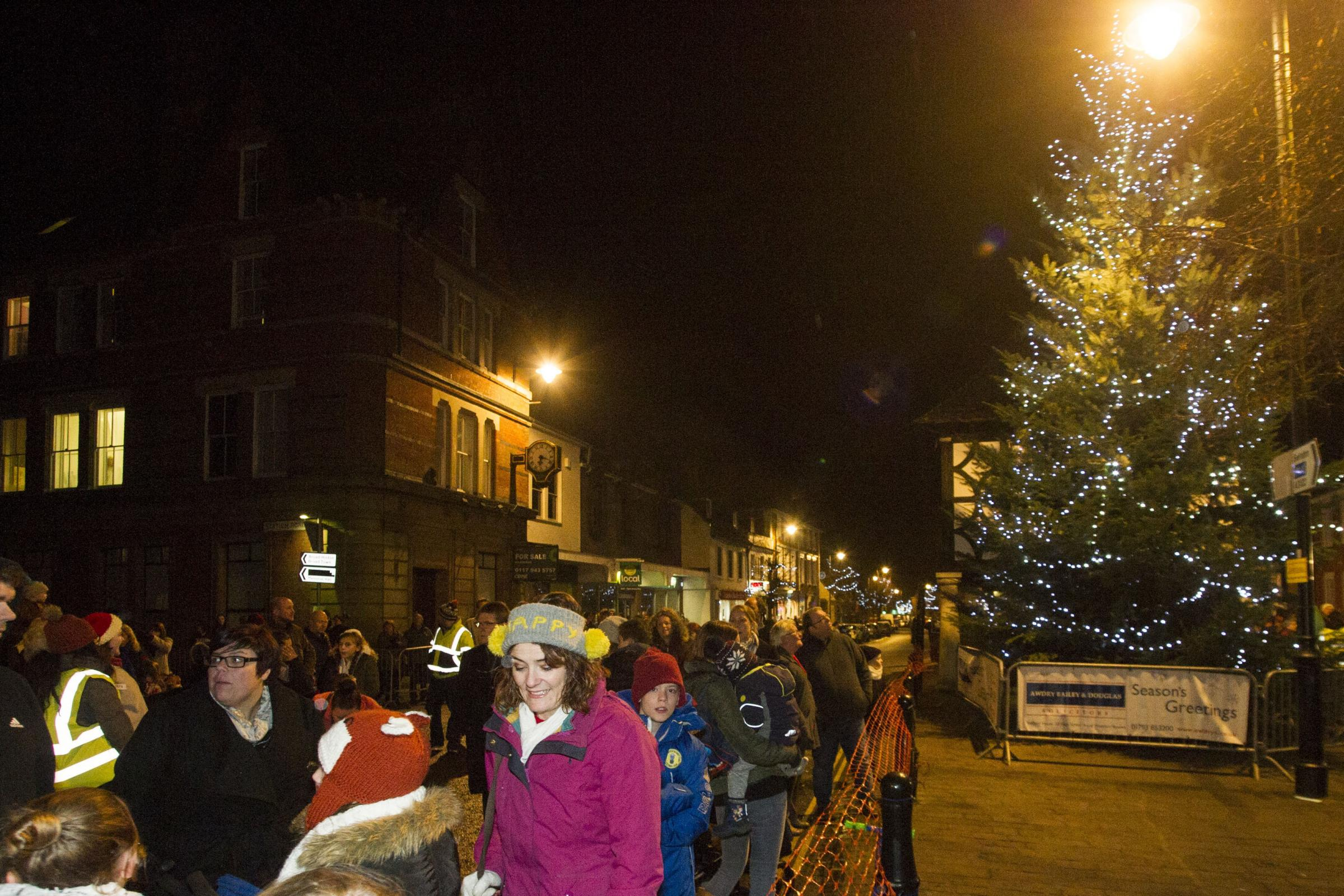 Wootton Bassett christmas lights switch on..Pic - gv.Date 3/12/16.Pic By Dave Cox.