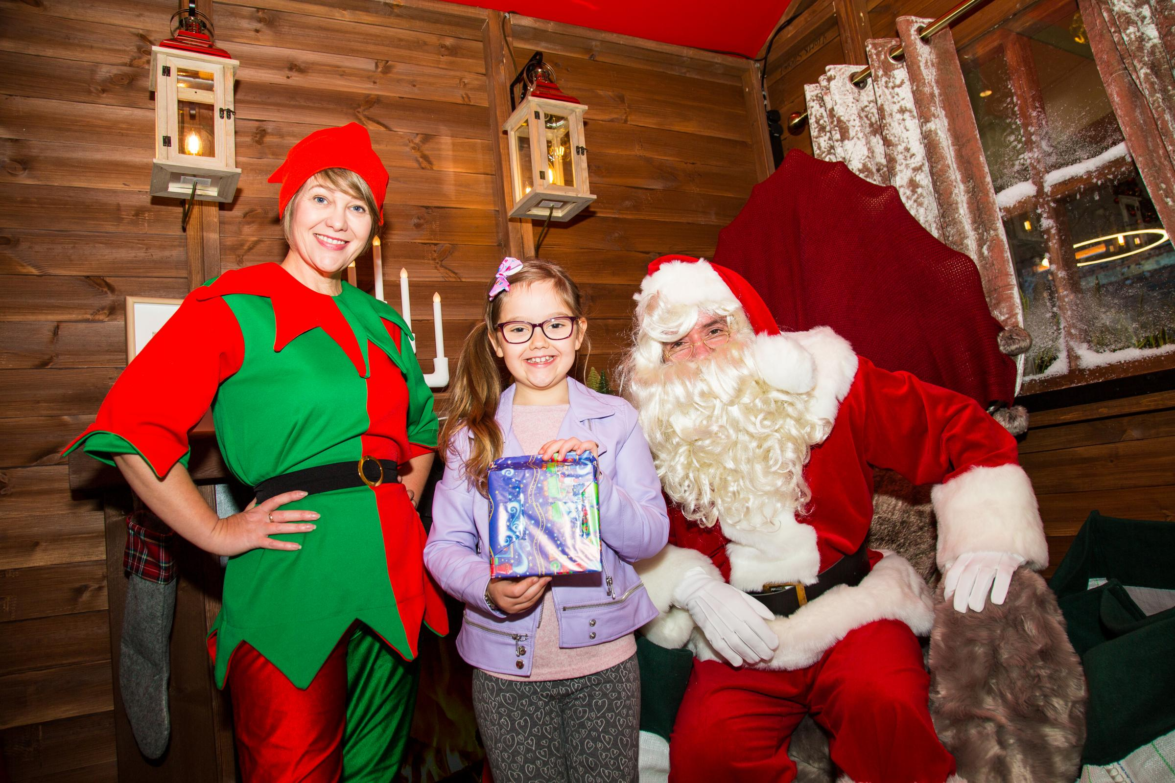 Meet Santa Claus at the Outlet Village this Christmas
