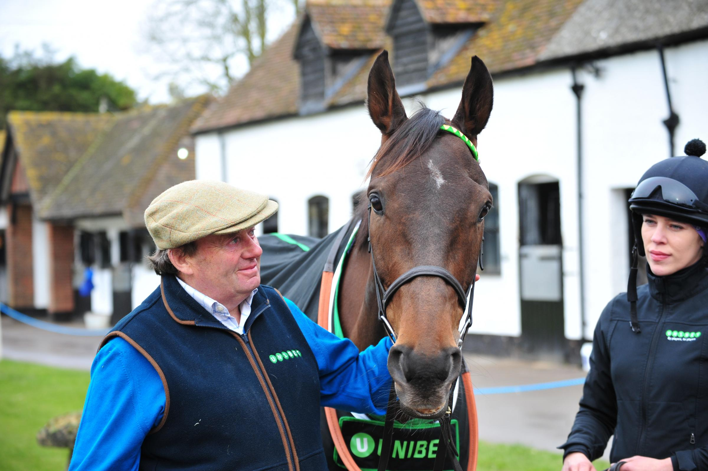Nicky Henderson and Champion Hurdle favourite Buveur D'Air  Picture: SHAUN REYNOLDS